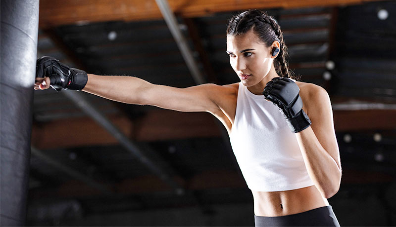 Workout-Going-with-Extended-Battery-Lifesonyearbuds-techxmedia-WF-SP800N