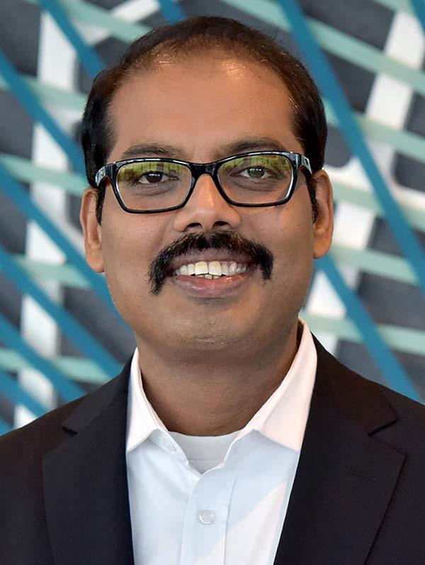 Mallik-Rao,-Chief-Technology-&-Information-Officer-of-Telefonica-Deutschland-Tech Mahindra-techxmedia