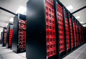 datacenter-bottom-corner-bryan-Dubai Municipality- data center-techxmedia