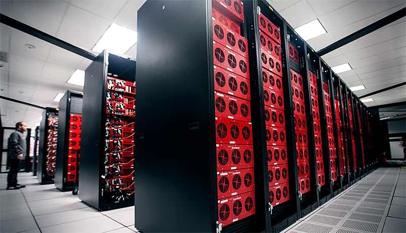 datacenter-bottom-corner-bryan-Dubai Municipality- data center-techxmedia