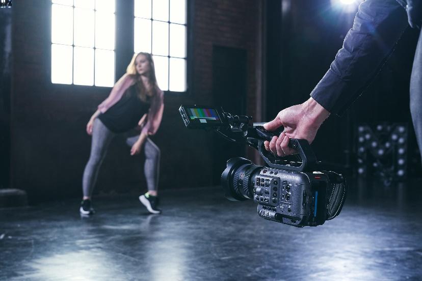 Full-frame Cinematic Image Quality-sony mea-techxmedia