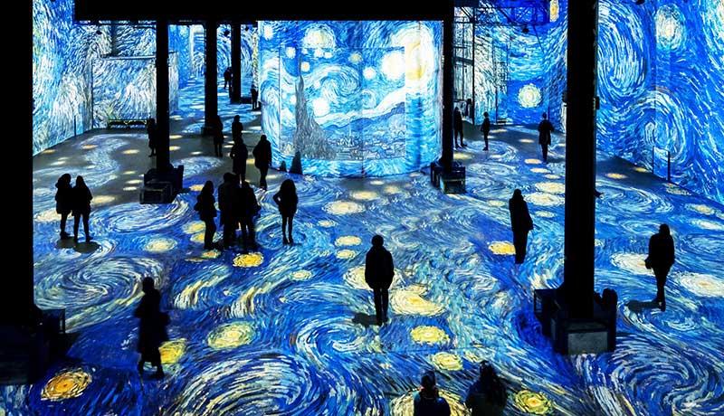 Infinity-Des-Lumieres-Van-Gogh-techxmedia