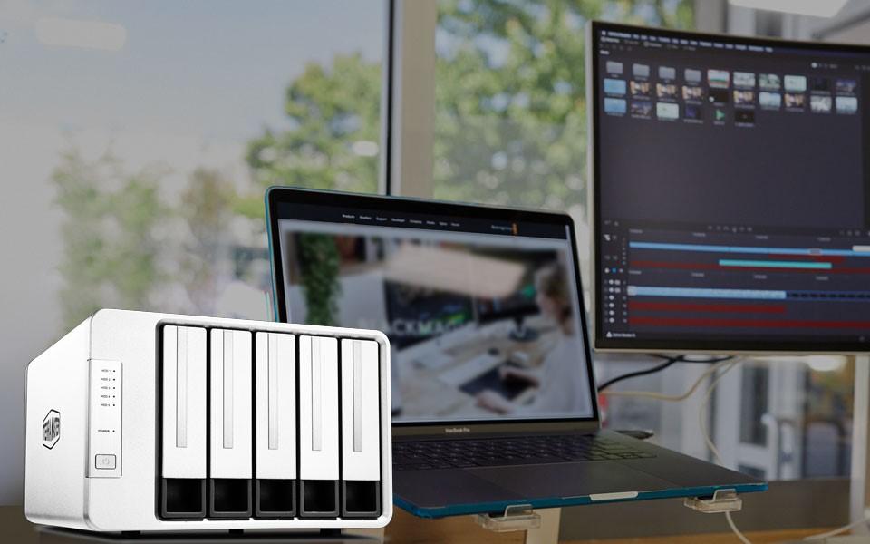 D5-300 RAID Storage  - techxmedia