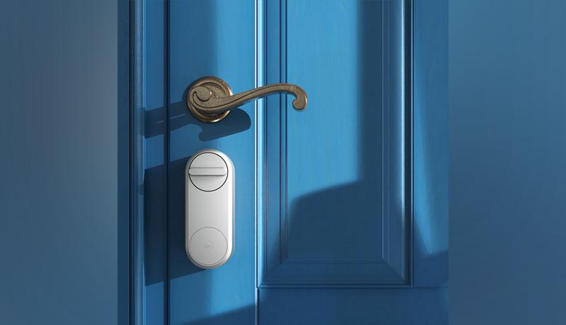 smart door locking - techxmedia